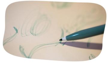 手描きから始まるこだわりのデザイン